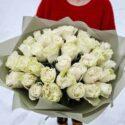 Букет из 19 кустовых роз