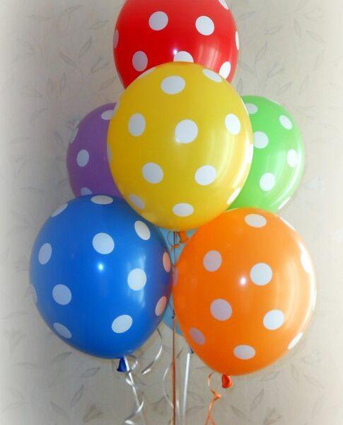 Воздушный шар в горошек