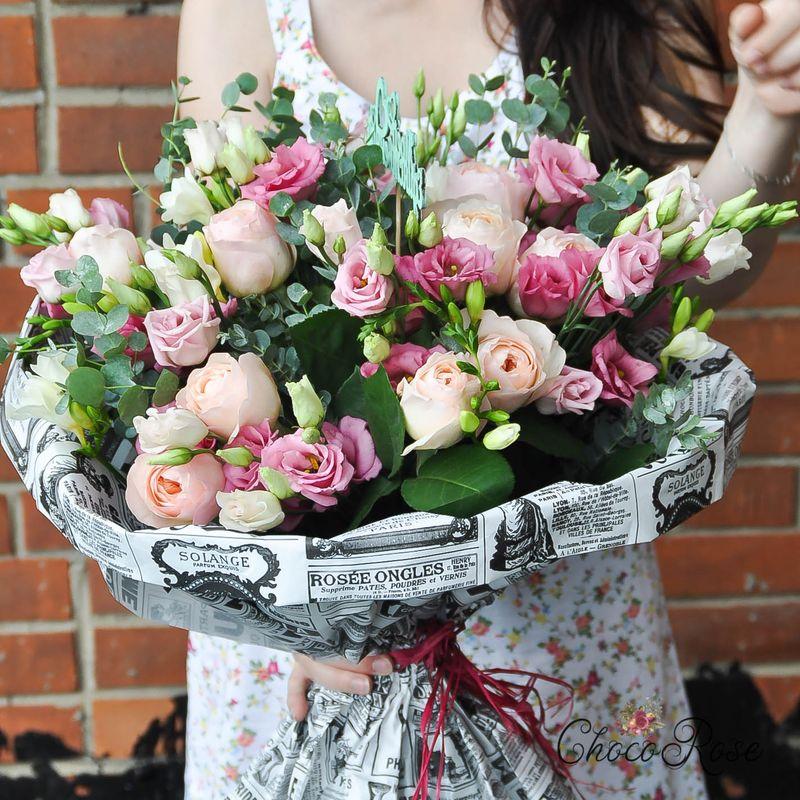 Букет с пионовидной розой №9
