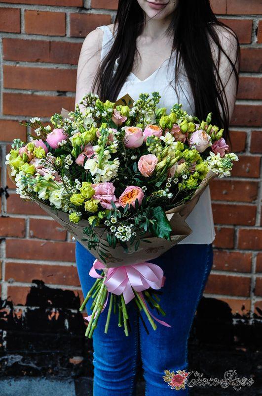 Букет с пионовидной розой №8