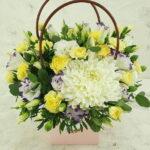 Букет из кустовых хризантем микс