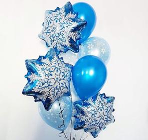 Букет из воздушных шаров и снежинок