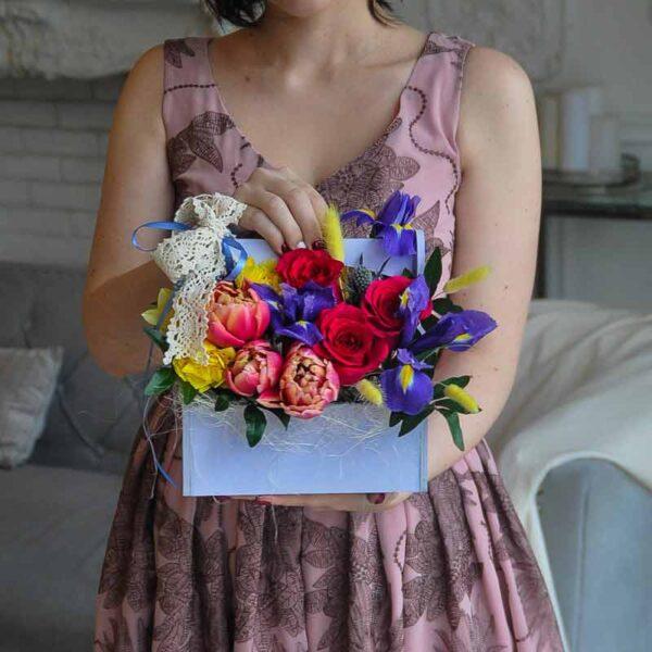 """Цветы в деревянном ящике """"Яркие краски весны"""""""