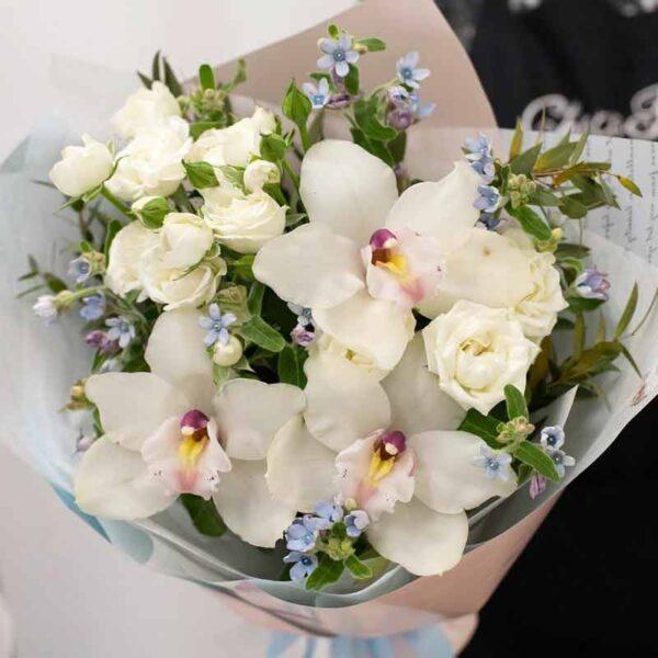Букет с Орхидеями и Твидией